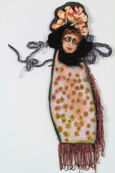 Le bal des coutisans, Ceramic and textile on cardboard, Odile Mandrette, Outsider Art, Artcompulsion