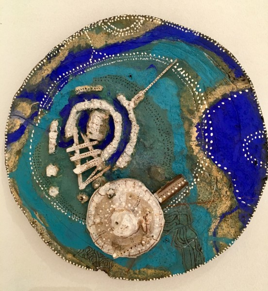 Small geographical disk, painting on carved wood, Sylvain Corentin, Outsider Art, Artcompulsion