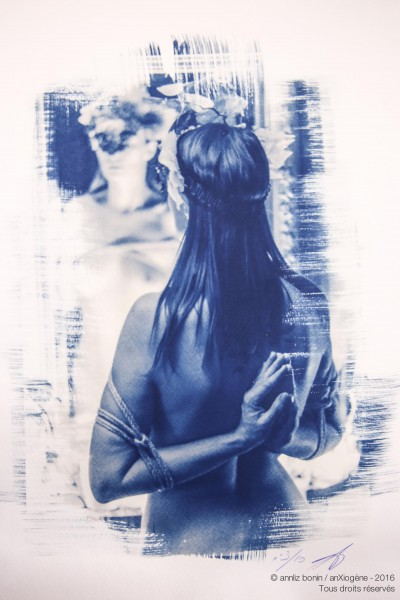 Reversed prayer 1, photography, cyanotype, anXiogène