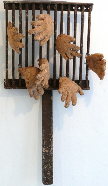 Les mains, sculpture, mixed media, Inès Lopez-Sanchez Mathély, Outsiderart